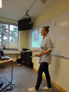 Johline delivers her presentation to one of the school classes in Huddinge